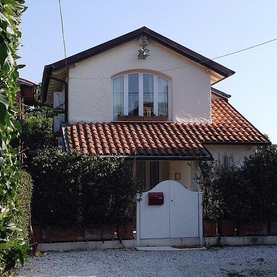 Proposte affitto stagionale di cottage al crociale rif for Piani architettonici di cottage